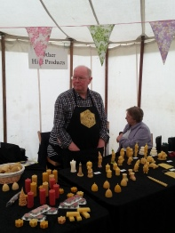 Molded candle stall
